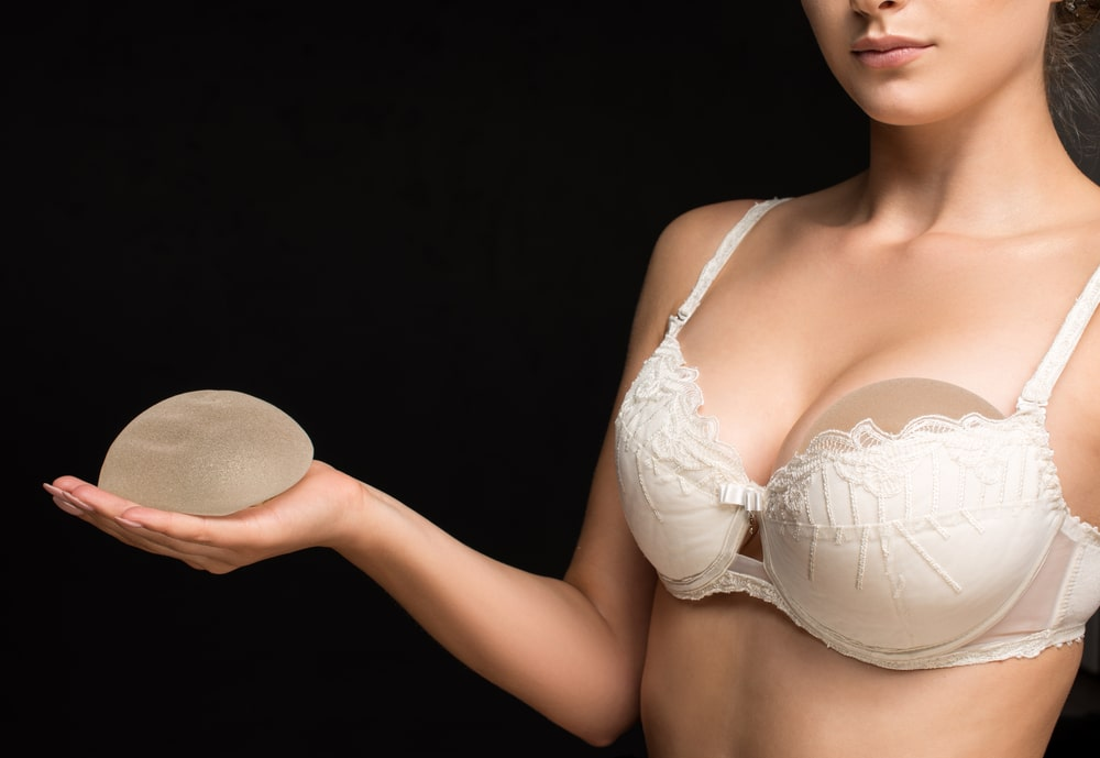 breast implants saline or silicone